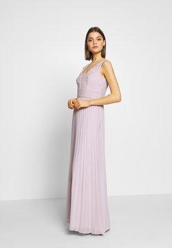 Chi Chi London - SUVI DRESS - Ballkleid - lilac
