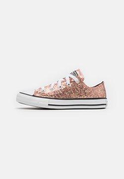 Converse - CHUCK TAYLOR ALL STAR GLITTER - Trainers - bright coral/silver/black