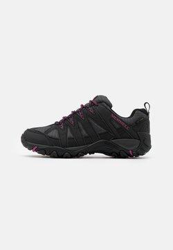 Merrell - ACCENTOR SPORT 2 GTX - Chaussures de marche - black/fuchsia