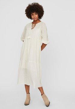 Vero Moda - STRUKTUR - Vestido informal - birch