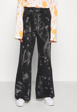 The Ragged Priest - TRIP WITH BLEACH SPLATS - Jean flare - charcoal