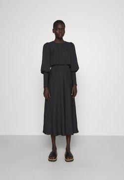 Bruuns Bazaar - PRICKLY ELLIEA DRESS - Freizeitkleid - black
