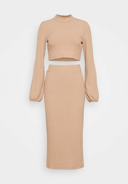 Nly by Nelly - CROPPED SKIRT SET - Gonna a tubino - beige