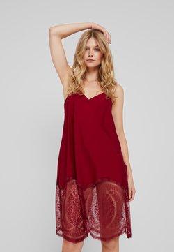 Calvin Klein Underwear - MEDALLION CHEMISE - Nightie - raspberry jam