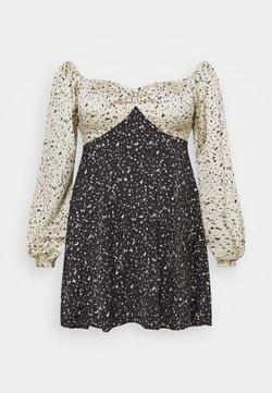 Missguided Plus - MIX PRINT DALMATION DRESS - Robe d'été - black
