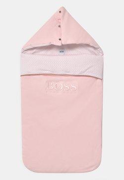 BOSS Kidswear - BABY UNISEX - Śpiworek - pinkpale