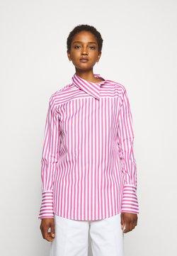 Victoria Victoria Beckham - ASYMMETRIC BROAD STRIPE - Bluse - pink/white
