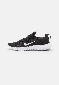 Nike Performance - FREE RN 5.0 2021 - Minimalist running shoes - black/white/dark smoke grey