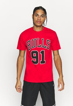 Mitchell & Ness - NBA CHICAGO BULLS DENNIS RODMAN NAME AND NUMBER TEE - T-shirt con stampa - red