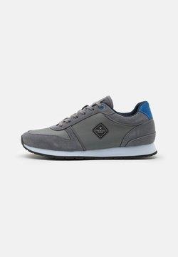 Hackett London - YORK EYELT TRAINER - Sneakers laag - taupe