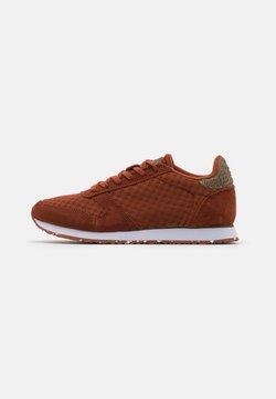 Woden - YDUN SUEDE MESH II - Sneakers laag - rust