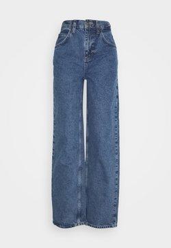 BDG Urban Outfitters - MODERN BOYFRIEND - Jeans Relaxed Fit - blue denim