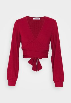 Glamorous - PLUNGE TIE WAIST LONG SLEEVE CROP - Langarmshirt - red
