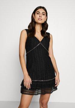 Guess - LEANDRA DRESS - Vestido de cóctel - jet black