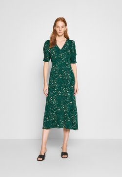 Dorothy Perkins - EMPIRE SEAM SHORT SLEEVE MIDI LEOPARD - Jerseykleid - green