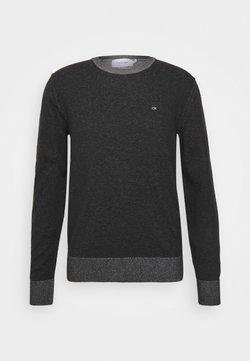 Calvin Klein - C NECK SWEATER - Stickad tröja - black