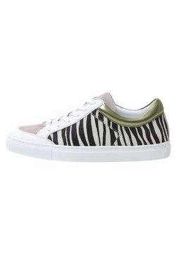 KUNOKA - ALEX ZEBRA - Sneaker low - olive
