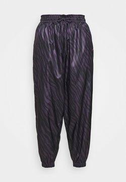 Nike Sportswear - Stoffhose - dark raisin/bright mango