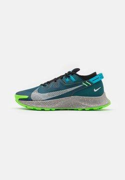 Nike Performance - PEGASUS TRAIL 2 - Löparskor terräng - dark teal green/light silver/black