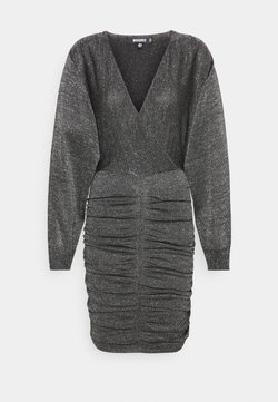 Missguided - METALLIC RUCHED FRONT BATWING DRESS - Strickkleid - black