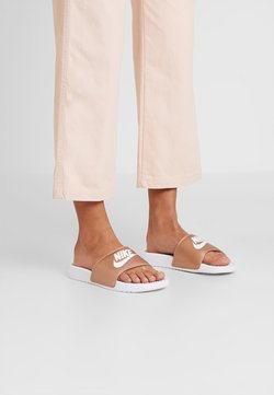 Nike Sportswear - BENASSI JUST DO IT - Sandales de bain - white/metallic red bronze