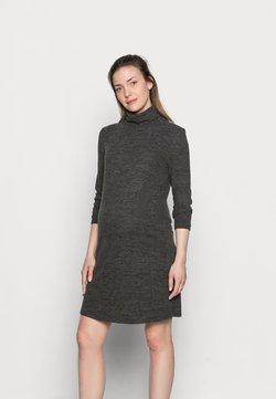 Pieces Maternity - PCMPAM HIGH NECK DRESS - Sukienka dzianinowa - dark grey melange