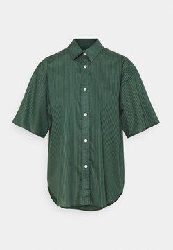Filippa K - LINN - Hemdbluse - green emer