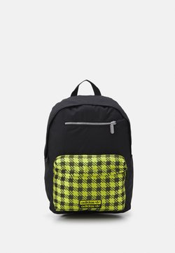 adidas Originals - RYV BACKPACK UNISEX - Reppu - black/halgrn