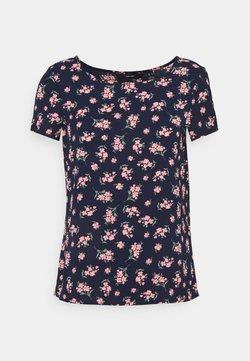 Vero Moda Petite - VMSAGA - T-Shirt print - navy blazer/dara