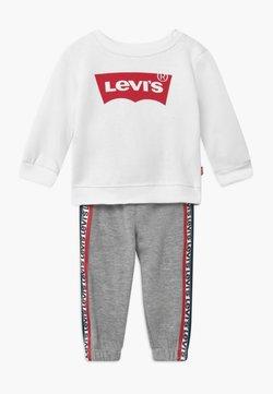Levi's® - CREW SET - Trainingsanzug - white