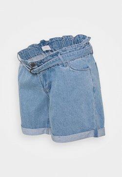 MAMALICIOUS - MLBARKA BELTED - Shorts vaqueros - blue denim
