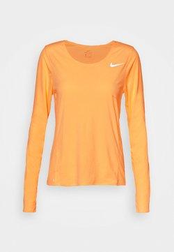 Nike Performance - CITY SLEEK - Funktionsshirt - melon tint/silver
