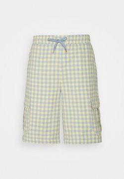 Kickers Classics - GINGHAM SHORTS - Shorts - yellow/blue