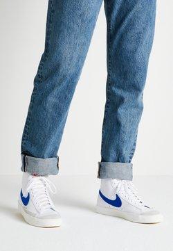 Nike Sportswear - BLAZER MID '77 - Sneakersy wysokie - white/racer blue/sail