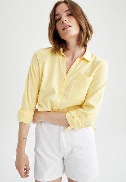 DeFacto - REGULAR FIT  - Koszula - yellow