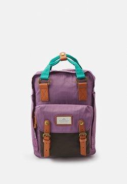 Doughnut - MACAROON BACKPACK UNISEX - Rucksack - purple tulip/expresso