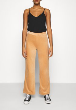 ONLY - ONLAZZA LONG WIDE PANTS  - Trousers - camel