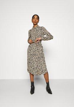Vero Moda - VMANI DRESS - Vestido camisero - linea