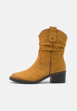 Tamaris - BOOTS - Cowboy-/Bikerlaarsjes - mustard