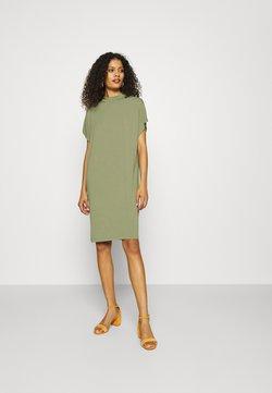 mbyM - LINEA - Jerseyklänning - oil green