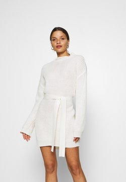 Missguided Petite - BASIC DRESS WITH BELT - Etuikleid - off white