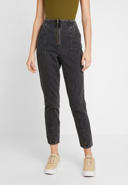 Topshop - DART MOM - Relaxed fit jeans - washed black