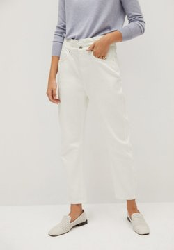 Mango - SLOUCHY - Jeans Tapered Fit - white