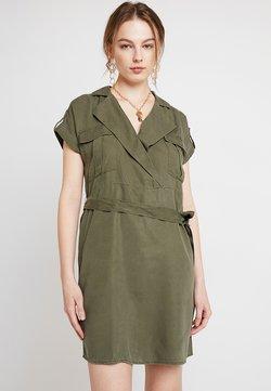 Noisy May - NMVERA ENDI DRESS - Sukienka koszulowa - olive night