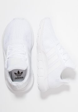 adidas Originals - SWIFT RUN - Matalavartiset tennarit - footwear white