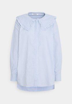 Glamorous - SHIRT WITH RUFFLE COLLAR - Bluse - blue