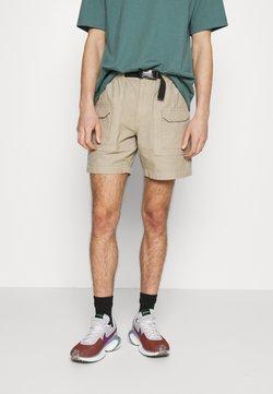 The North Face - GARMENT DYE HARRISON - Shorts - beige