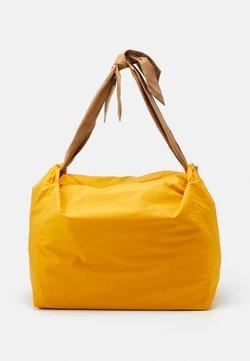 MAX&Co. - CHUTE - Shopping Bag - orange