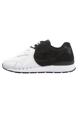 KangaROOS - COIL-R2  - Sneaker low - black/white