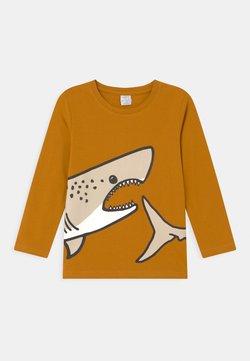 Lindex - PLACED SHARK - Pitkähihainen paita - dark dusty yellow